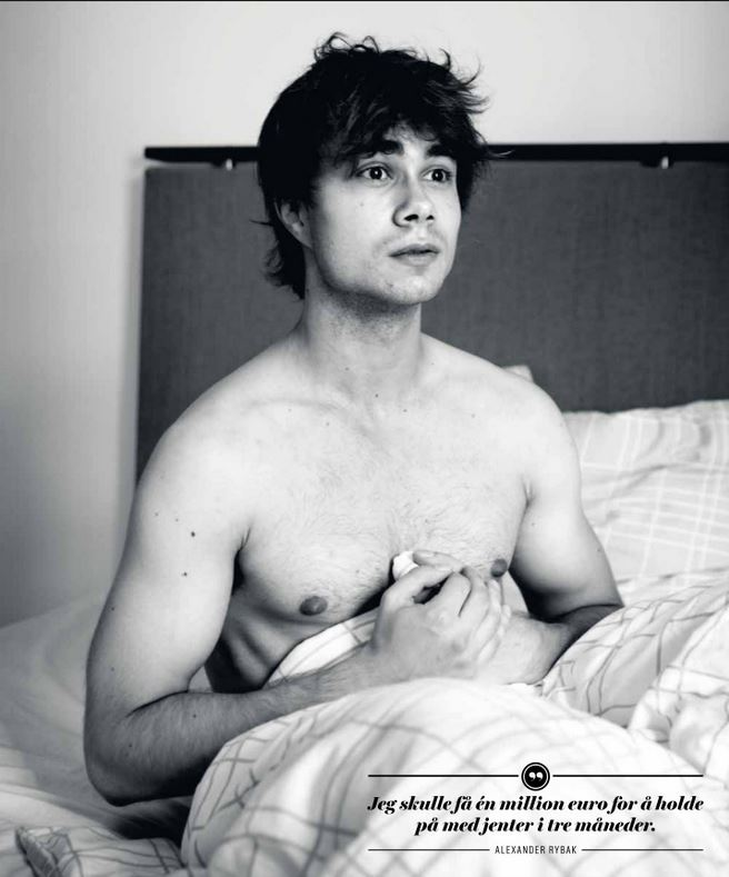 Alexander Rybak In bed with