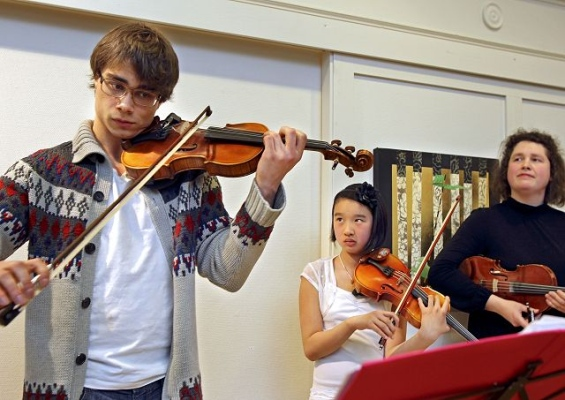 Alexander Rybak Juniorstrings in Moss