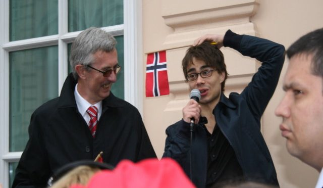 Alexander Rybak at Norwegian Embassy in  Moscow, 17.05.2009