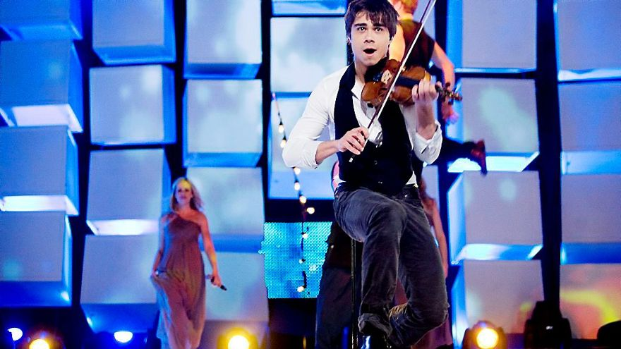 Per Sundnes about Alexander Rybak to side2.no 13.04.2009