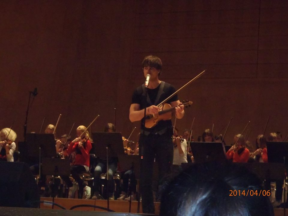Fan report by Ebba Raab – Alexander Rybak – Concert with children in Göteborg 06.04.204