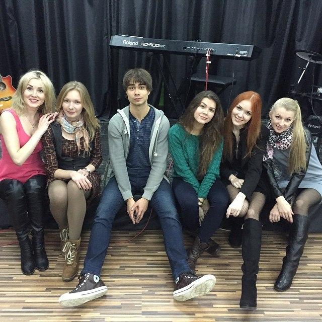 The girls in Alexander's Belarusian band
